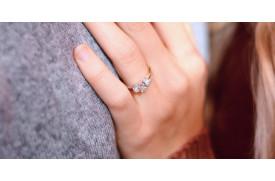 Verlobungsring: Welche Farbe ist ideal?