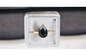 Schwarzer Diamant Verlobungsring Bedeutung