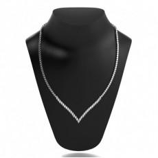 Tennis Halskette V-förmig mit runden Diamanten in einer 2 Krappenfassung