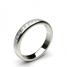 0.55ct. Halb Eternity Diamant Ring in einer Kanalfassung