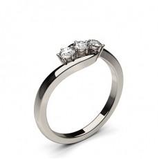 3 Diamanten Ring einfach in einer 6 Krappenfassung