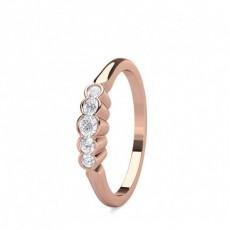 Runder Mehrfachdiamant Ring in einer Krappenfassung